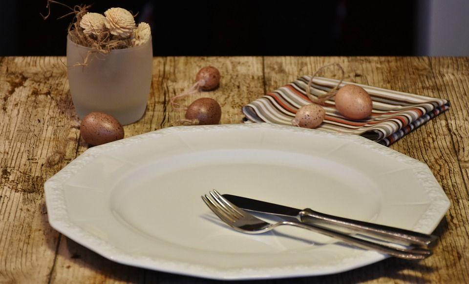 piatto vuoto perchè c'è rifiuto di mangiare